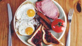 breakfast - eggs & bacon, etc